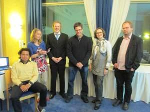 Kirjakaronkan osallistujia: (vas.) Gustavo Alavedra, Saana Lehtonen, Johannes Pernaa, Maija-Riitta Ollila, Pietari Almusa, Teppo Eskelinen